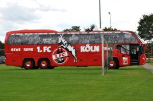 Mannschaftsbus 1. FC Köln