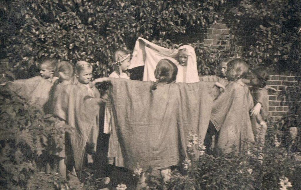 Grundschule Aufführung Die Regentrude 1935