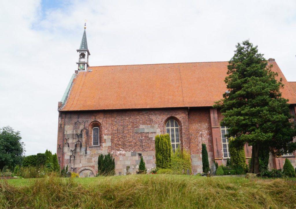 Hooksiel Umgebung: Kirche Sengwarden
